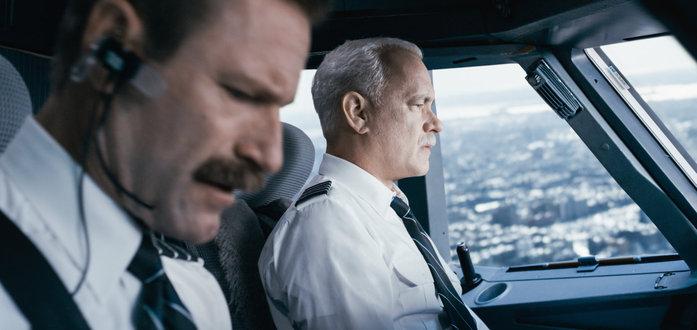Aaron Eckhart, Tom Hanks