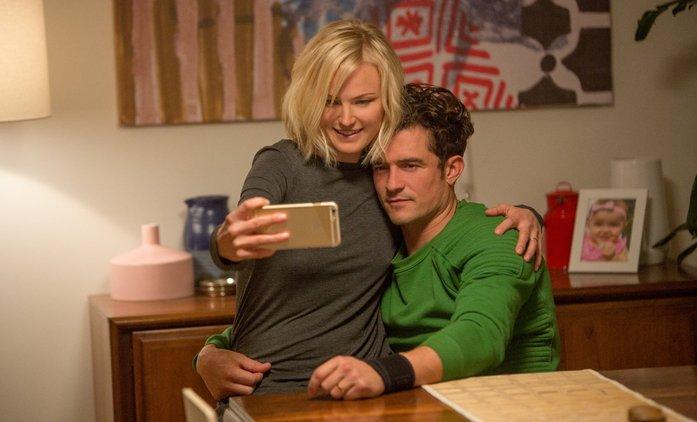 Easy: Láska sex a život s hromadou známých herců | Fandíme seriálům