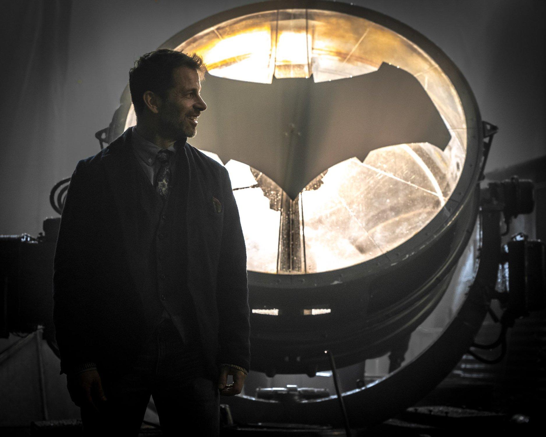 Justice League: Byl Zack Snyder už před rokem vyhozený?   Fandíme filmu