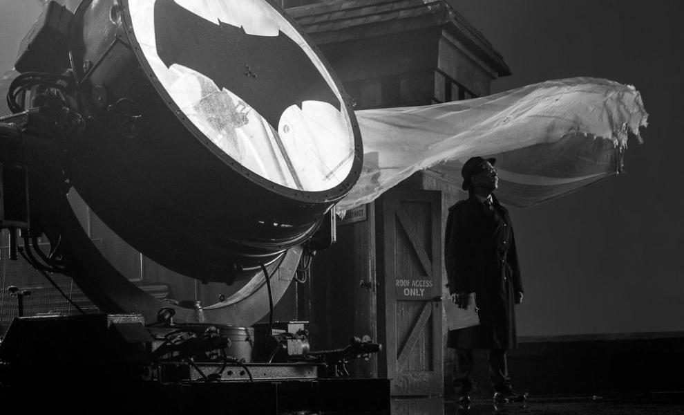 Batman: Představitel Gordona naznačil, že sólovka Batmana jen tak nebude   Fandíme filmu
