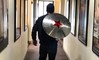 Naznačil Winter Soldier, že převezme pozici Captaina Ameriky? | Fandíme filmu