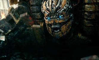Transformers: Poslední rytíř: Děti a robot v novém klipu | Fandíme filmu