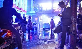 Mute: Neonoirová sci-fi ukazuje v traileru svět budoucnosti | Fandíme filmu