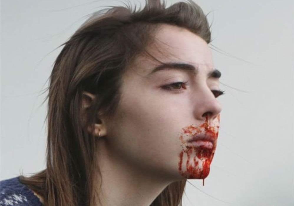 Raw: Ceněný kanibalský horor v traileru   Fandíme filmu
