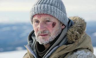 Hard Powder: Liam Neeson se pomstí mafiánům sněžným pluhem   Fandíme filmu