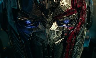 Transformers 5: Osm robotů včetně Cogmana na plakátech | Fandíme filmu