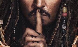 Piráti z Karibiku 5: Trojice nových plakátů   Fandíme filmu