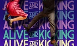 Alive and Kicking | Fandíme filmu