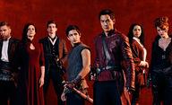 Into the Badlans: Akční seriál se obejde bez střelných zbraní | Fandíme filmu