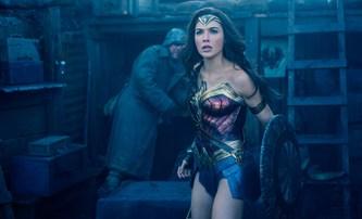 Wonder Woman: David Thewlis se poprvé ukazuje v nových spotech | Fandíme filmu
