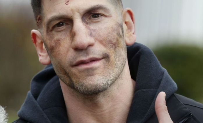 Punisher: Pomlácený Jon Bernthal na nových fotkách z natáčení | Fandíme seriálům