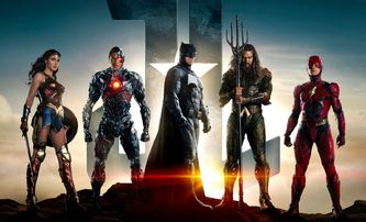 Justice League: Na nové společné fotce se přidal i Superman | Fandíme filmu