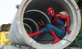 Spider-Man: Homecoming: Pavoučí muž odhaluje totožnost a další videa | Fandíme filmu