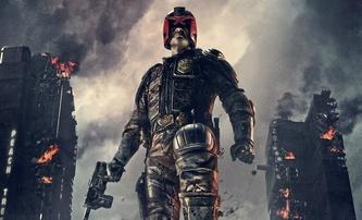 Judge Dredd: Mega City One možná přece jen s Karlem Urbanem   Fandíme filmu