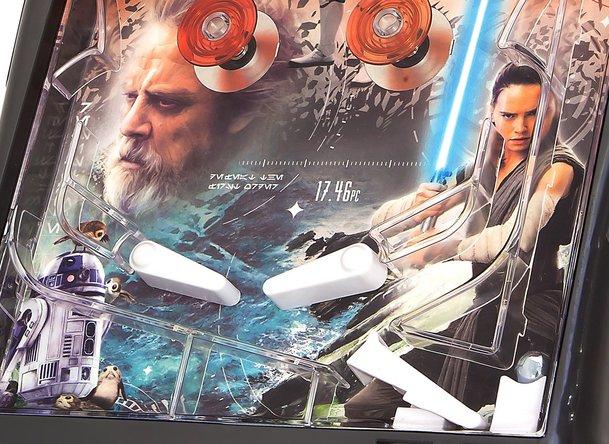 Star Wars VIII: Nový, emotivní film o filmu a nové plakáty   Fandíme filmu
