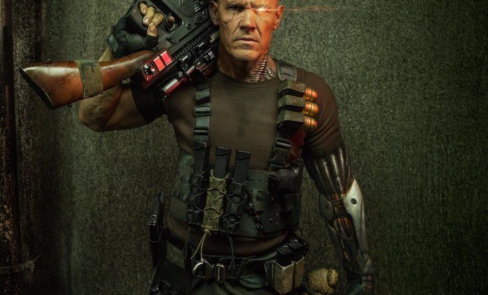 Deadpool 2: Nový trailer se soustředí na kyborga Cablea | Fandíme filmu