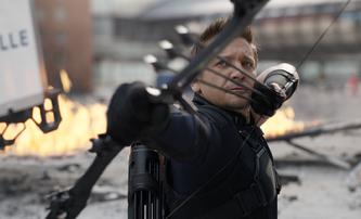 Hawkeye: Jeremy Renner má osobní potíže. Je komiksová postava v ohrožení?   Fandíme filmu