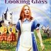Alice Through the Looking Glass | Fandíme filmu