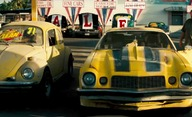 Transformers: Bumblebee: První pohled na retro auťák | Fandíme filmu