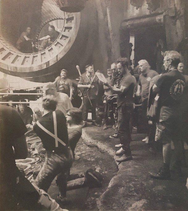 Han Solo: Zoufalé časy a herci na nejnovějších fotkách   Fandíme filmu