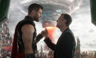 Thor: Love and Thunder: Režisér ukázal první obrázky a přislíbil vesmírné žraloky | Fandíme filmu