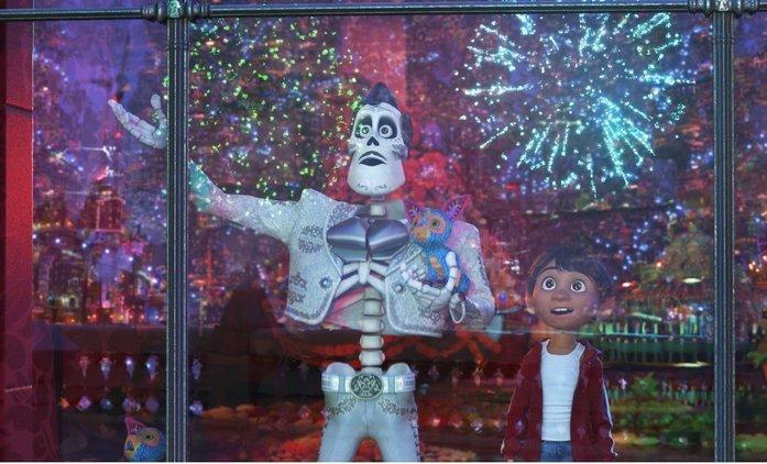 Coco: Finální trailer láká diváky do kina na rodinnou podívanou | Fandíme filmu