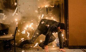 Accident Man: Zabiják Scott Adkins v prvním traileru | Fandíme filmu