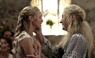 Mamma Mia! 2: Trailer je roztančený a plný ABBY | Fandíme filmu