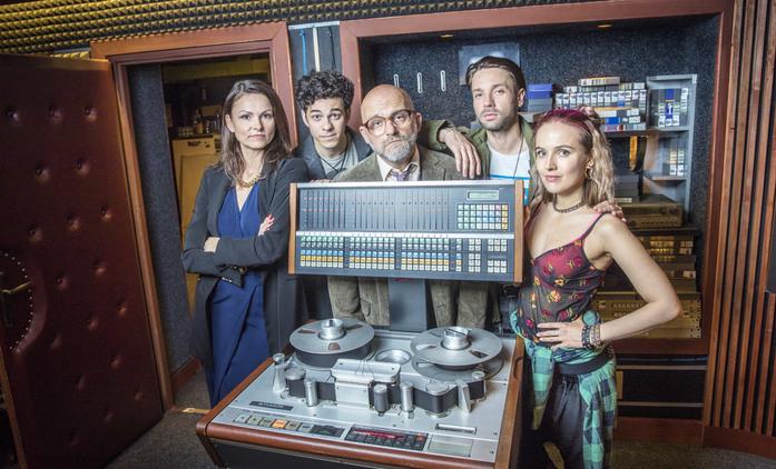 Dabing Street: První dojmy mísí rozpaky s potenciálem   Fandíme seriálům