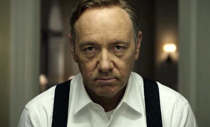 House of  Cards: Kevin Spacey se coby Frank Underwood brání na novém videu | Fandíme seriálům