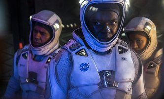 The Cloverfield Paradox: Mizerný film s jedinečným marketingem | Fandíme filmu