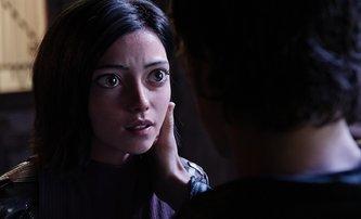 The Predator a Alita mění datum premiéry | Fandíme filmu
