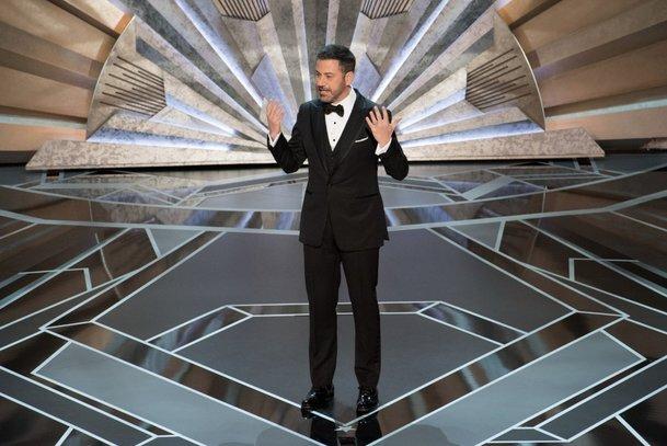 Oscary 2019 bude uvádět Kevin Hart | Fandíme filmu