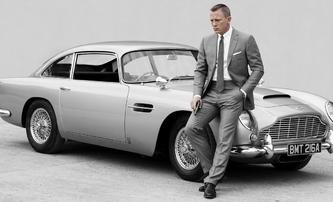 Bond 25: Po potížích se blýská na časy - Daniel Craig a legendární Aston Martin jsou zpět | Fandíme filmu