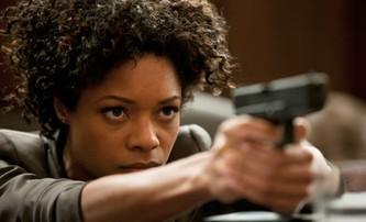 Bond 25: Naomie Harris neví, zda se vrátí jako Moneypenny | Fandíme filmu