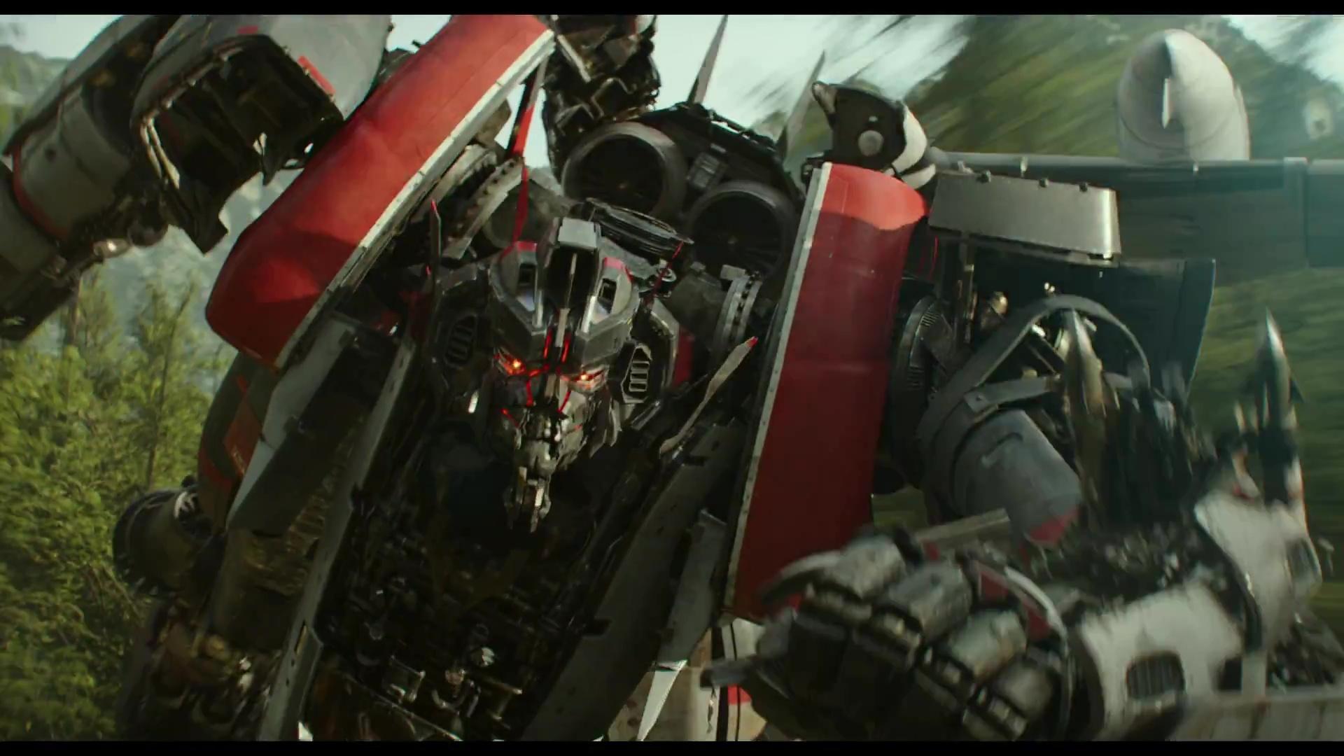 Bumblebee: Ve filmu uvidíme jen hrstku Deceptikonů | Fandíme filmu