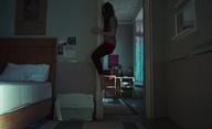Suspiria: Trailer na brutálně znepokojivý art dorazil | Fandíme filmu