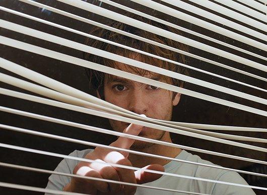 Under the Silver Lake: Šílenost s Andrew Garfieldem   Fandíme filmu