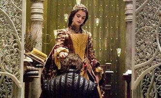 Emma Stone a Rachel Weisz v boji o britský královský trůn | Fandíme filmu