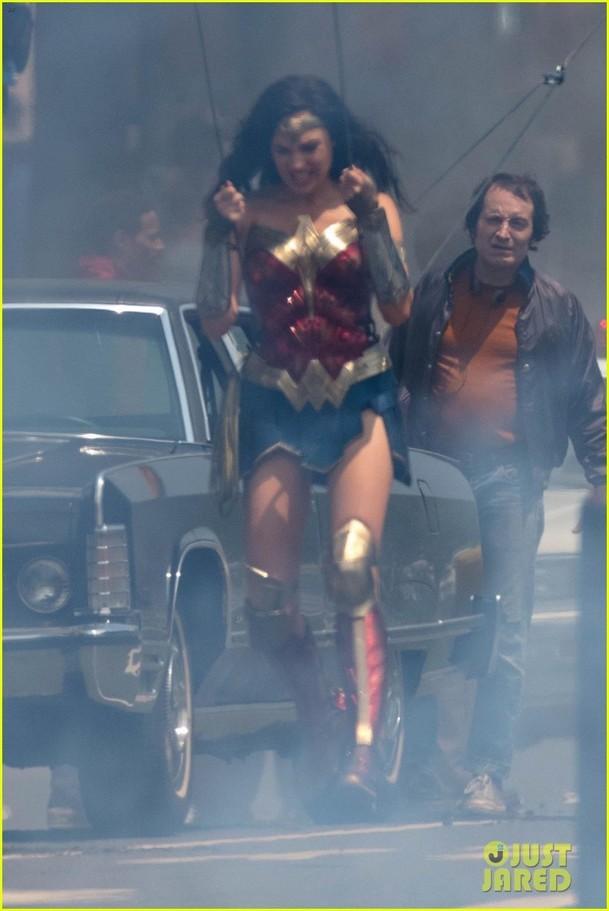 Wonder Woman 1984: První pohled na záporačku   Fandíme filmu