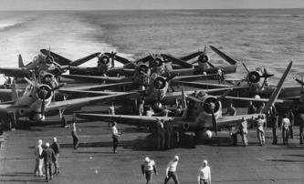 Midway: Válečný snímek Rolanda Emmericha nabírá obsazení | Fandíme filmu