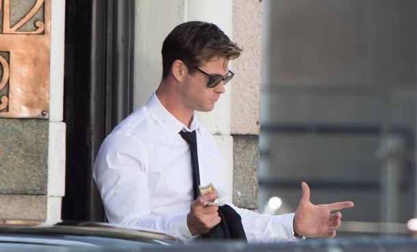Muži v černém: Natáčení začalo, první fotky s Hemsworthem | Fandíme filmu