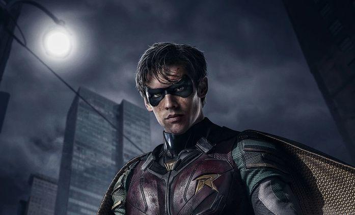 Titans: Natáčení druhé série pozastaveno kvůli úmrtí na place | Fandíme seriálům
