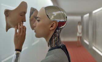 Bude v budoucnosti filmy schvalovat umělá inteligence? | Fandíme filmu