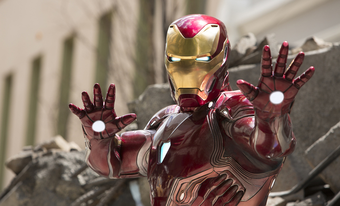 Avengers 4: Fotka ukazuje jednoho z herců v novém kostýmu | Fandíme filmu