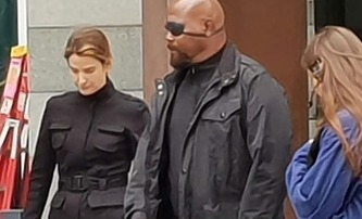Spider-Man: Far From Home: Maria Hill a Nick Fury na fotkách a videu | Fandíme filmu