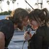 Zrodila se hvězda: Klipy z filmu a první reakce z Benátek | Fandíme filmu
