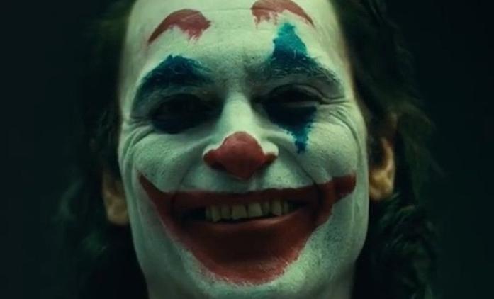 Joker: První video s padouchem v jeho make-upu | Fandíme filmu