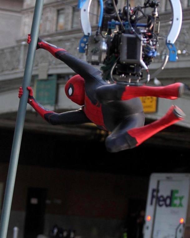 Spider-Man: Daleko od domova: Je dotočeno   Fandíme filmu