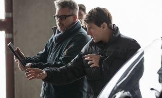 Top Gun: Maverick: Scénář za chodu upraví Cruisův dvorní scenárista | Fandíme filmu